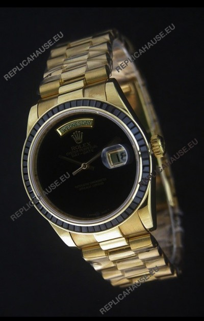 Rolex Day Date Just swissReplica Yellow Gold Watch in Black Dial